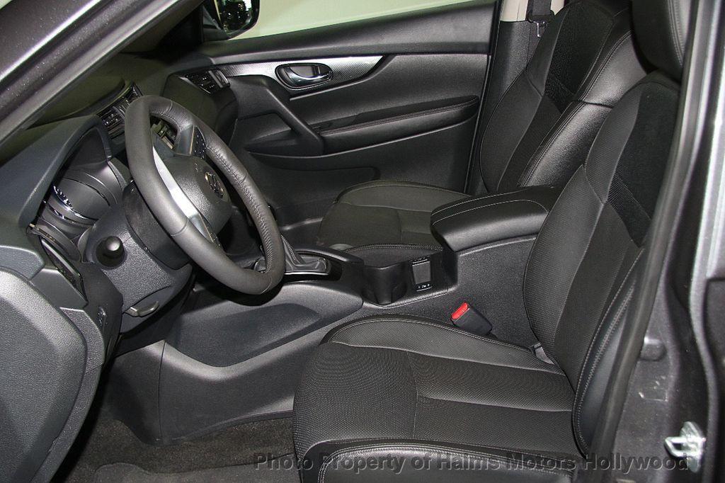 2017 Nissan Rogue AWD SL - 17280760 - 18