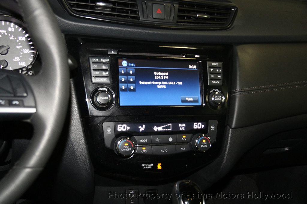 2017 Nissan Rogue AWD SL - 17280760 - 20