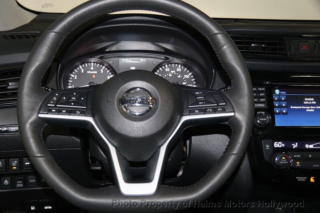2017 Nissan Rogue AWD SL - 17280760 - 30