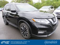 2017 Nissan Rogue - 5N1AT2MV1HC812443