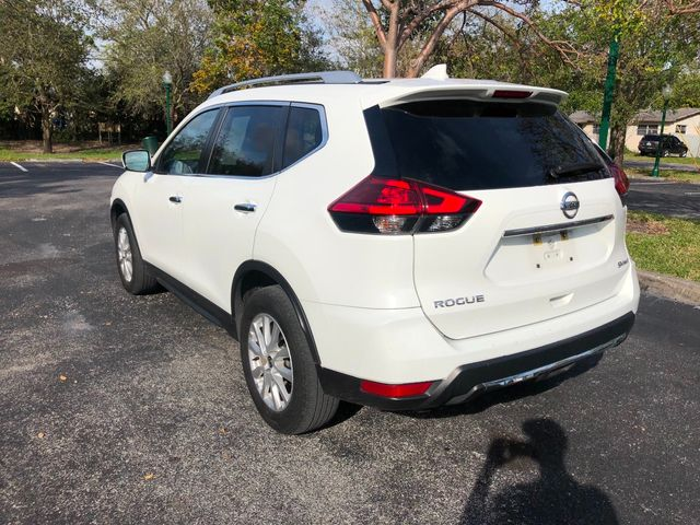 2017 Nissan Rogue AWD SV - Click to see full-size photo viewer
