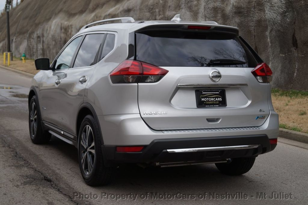 2017 Nissan Rogue FWD SL Hybrid - 18415356 - 10