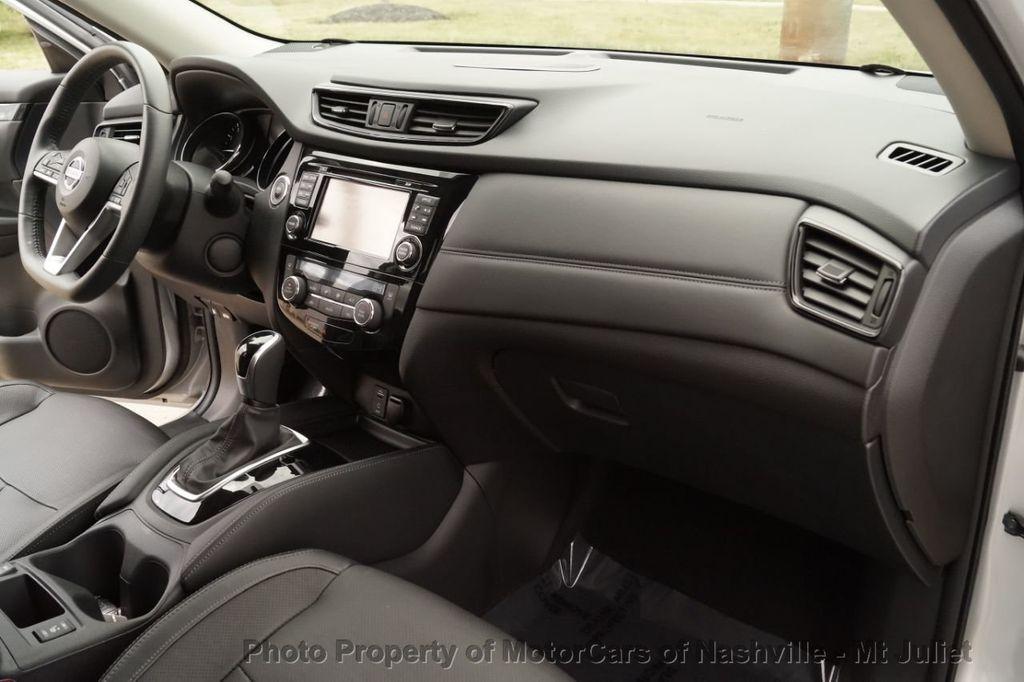 2017 Nissan Rogue FWD SL Hybrid - 18415356 - 27