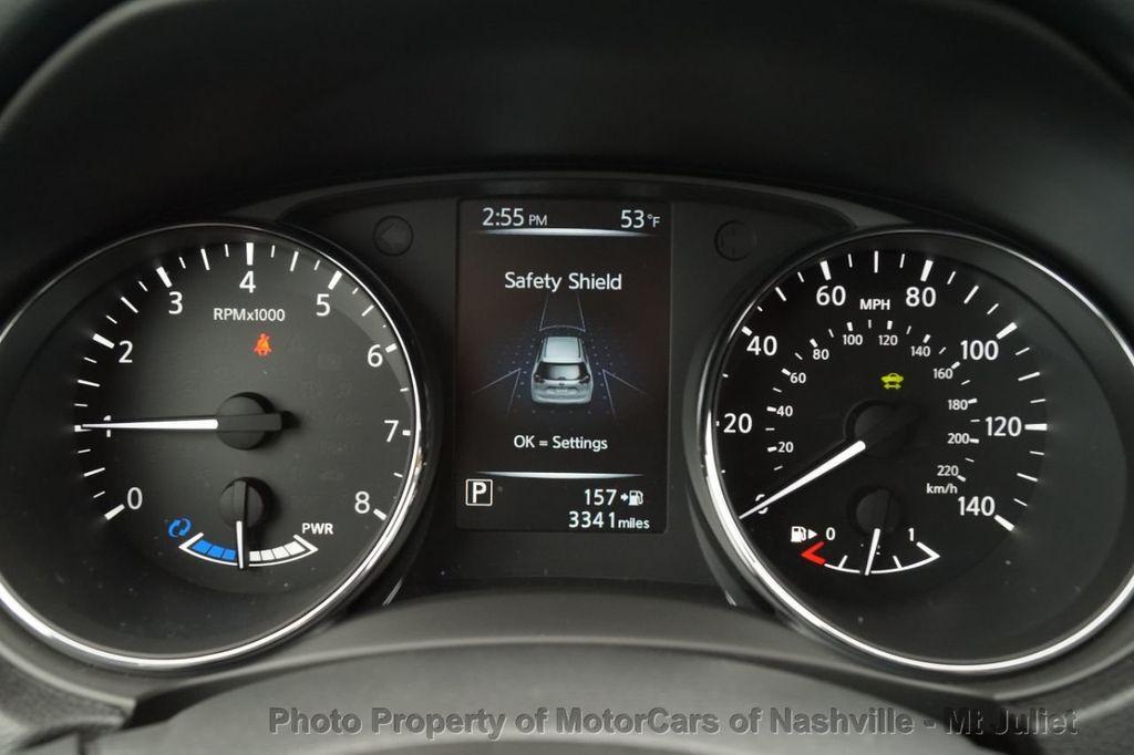 2017 Nissan Rogue FWD SL Hybrid - 18415356 - 32