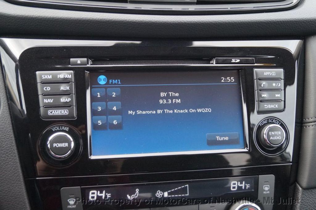 2017 Nissan Rogue FWD SL Hybrid - 18415356 - 34