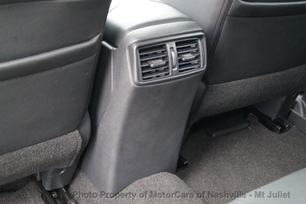2017 Nissan Rogue FWD SL Hybrid - 18415356 - 41
