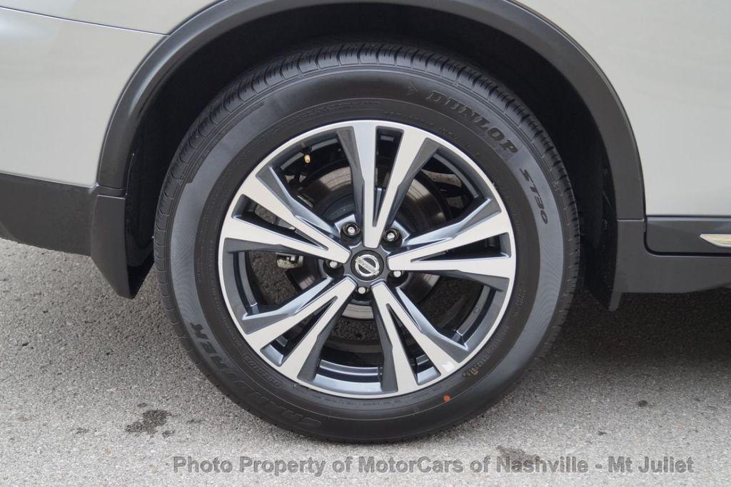2017 Nissan Rogue FWD SL Hybrid - 18415356 - 52