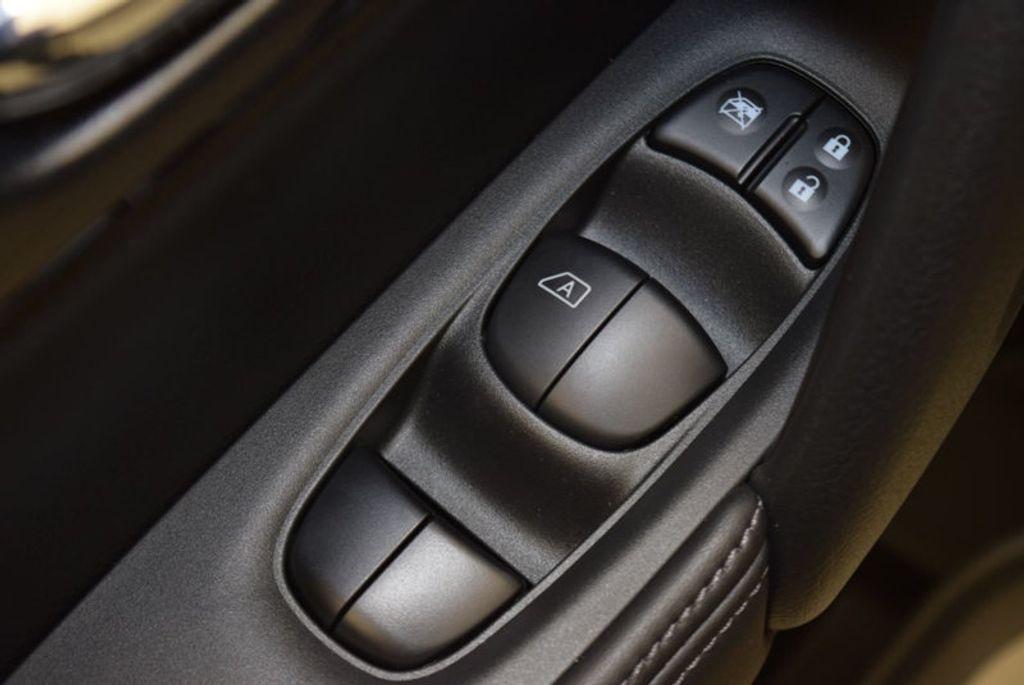 2017 Nissan Rogue S - 15834739 - 15