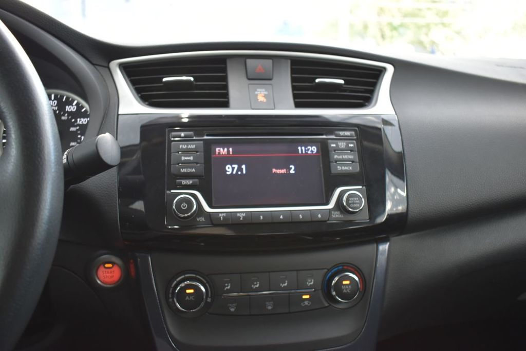 2017 Nissan Sentra  - 18663317 - 14