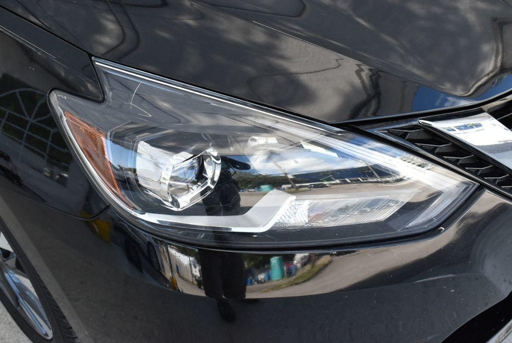2017 Nissan Sentra  - 18663317 - 1