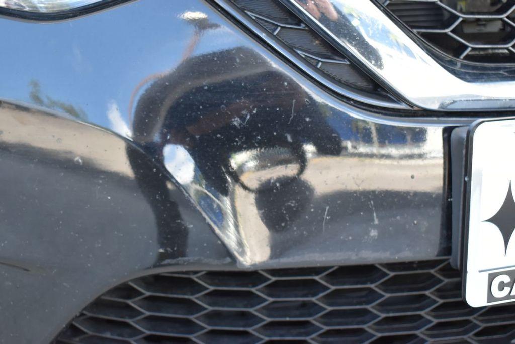 2017 Nissan Sentra  - 18663317 - 3