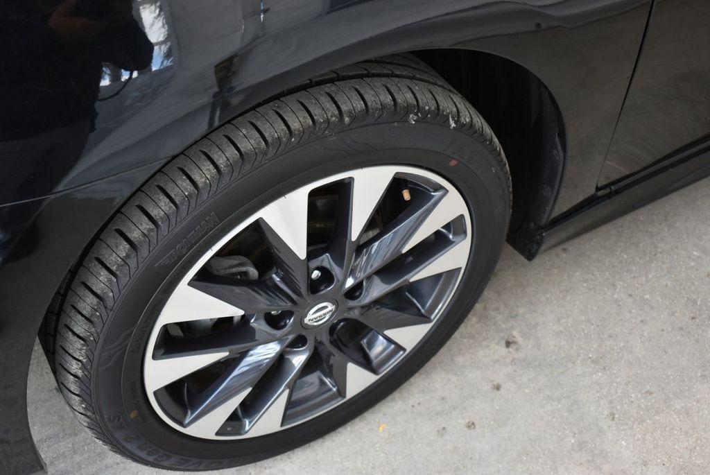 2017 Nissan Sentra  - 18663317 - 5