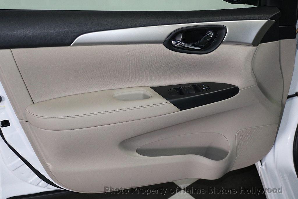 2017 Nissan Sentra  - 17802176 - 9