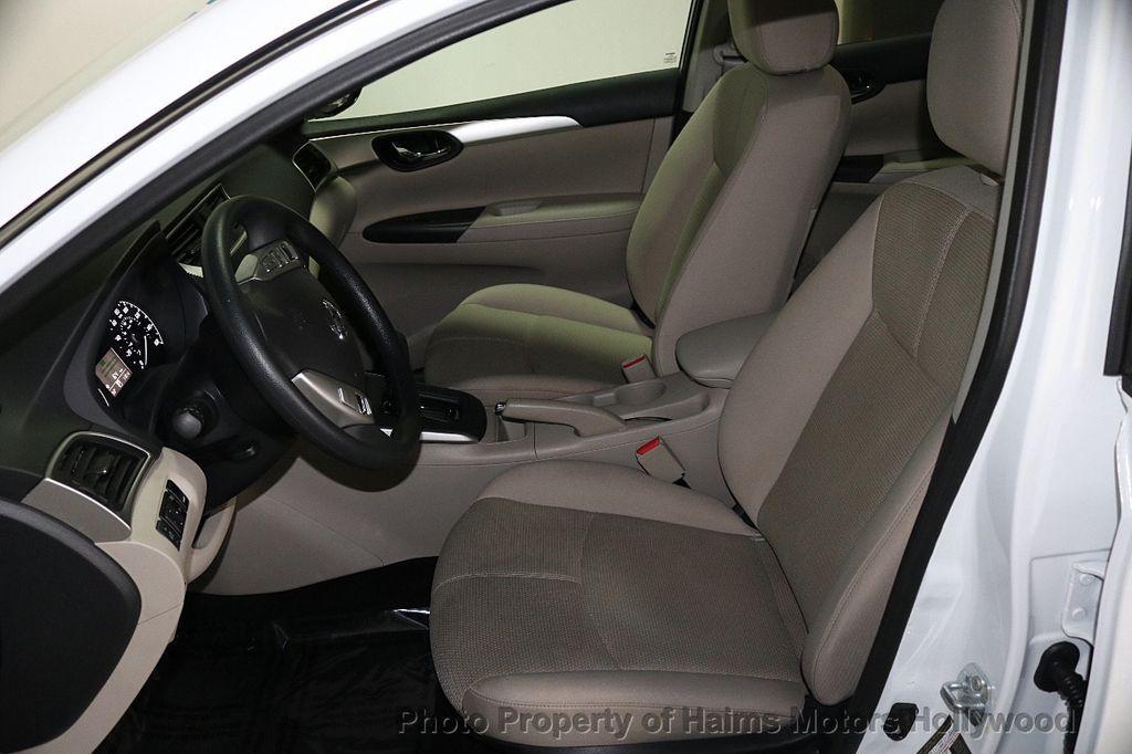 2017 Nissan Sentra  - 17802176 - 16