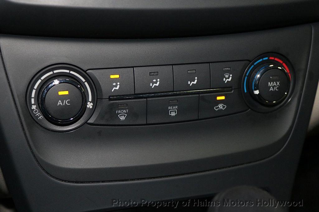 2017 Nissan Sentra  - 17802176 - 20