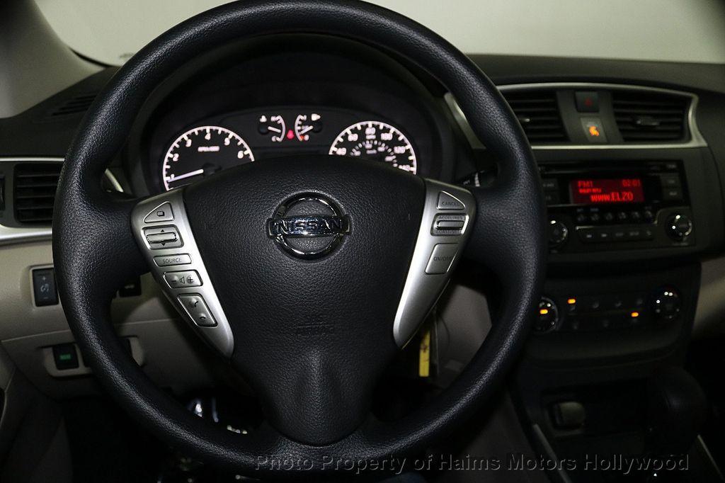 2017 Nissan Sentra  - 17802176 - 27