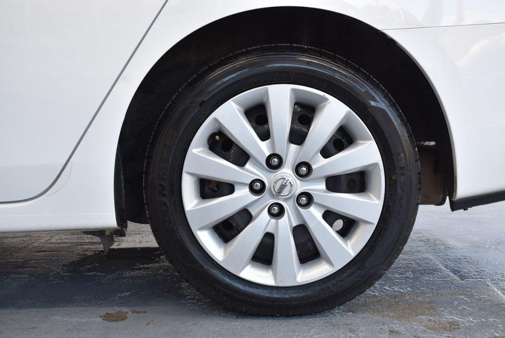 2017 Nissan Sentra S CVT - 18423365 - 10
