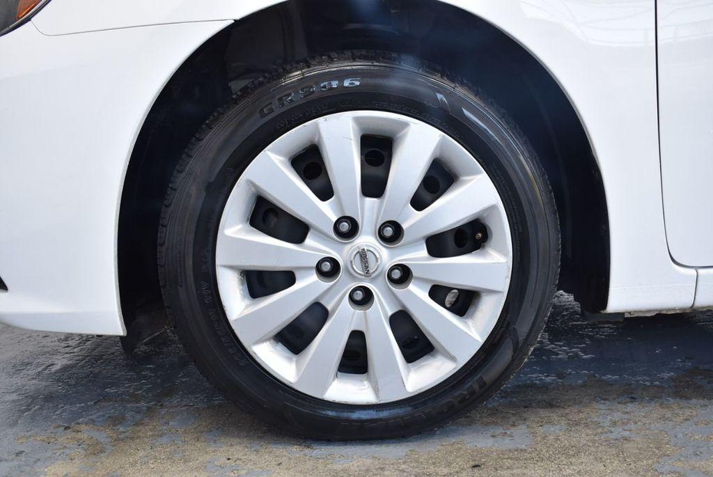 2017 Nissan Sentra S CVT - 18423365 - 11