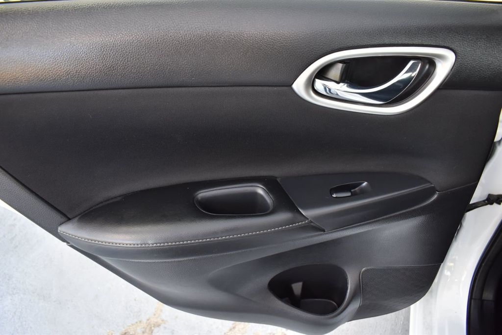 2017 Nissan Sentra S CVT - 18423365 - 13