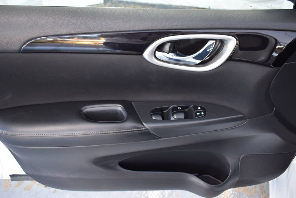 2017 Nissan Sentra S CVT - 18423365 - 15
