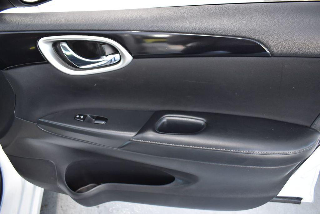 2017 Nissan Sentra S CVT - 18423365 - 17