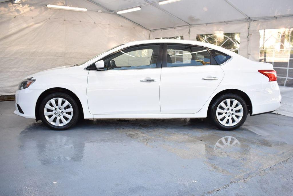 2017 Nissan Sentra S CVT - 18423365 - 4