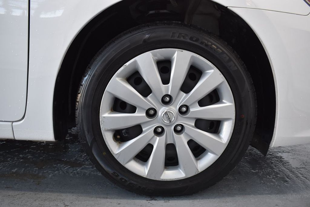 2017 Nissan Sentra S CVT - 18423365 - 8