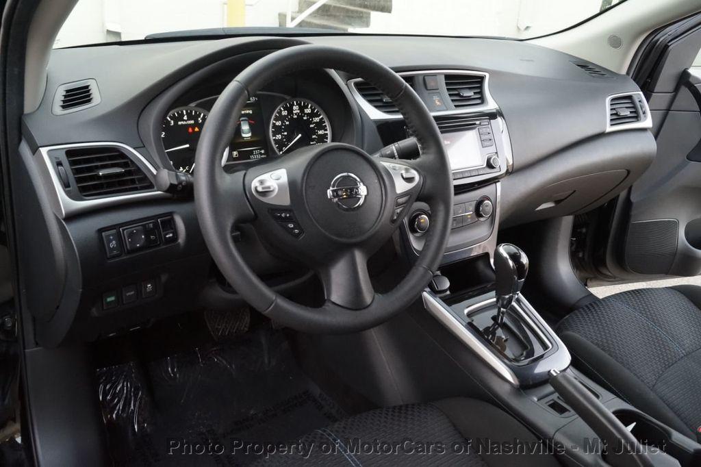 2017 Nissan Sentra SR Turbo CVT - 18614841 - 25