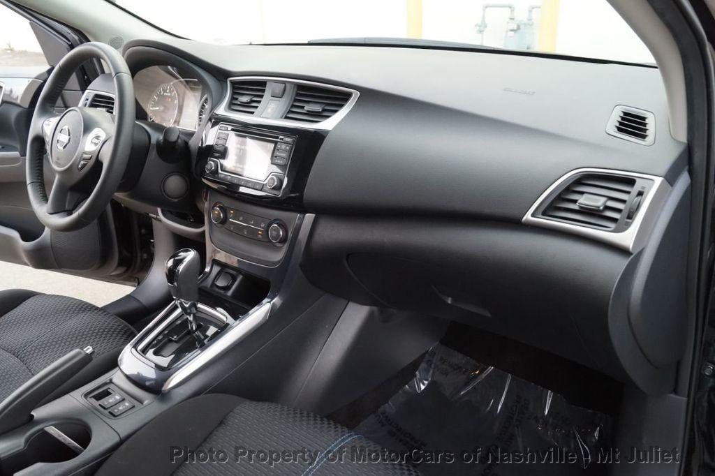 2017 Nissan Sentra SR Turbo CVT - 18614841 - 26