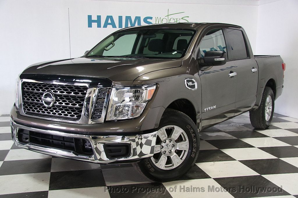 2017 used nissan titan 4x2 crew cab sv at haims motors serving fort lauderdale hollywood miami. Black Bedroom Furniture Sets. Home Design Ideas
