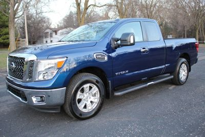 2017 Nissan Titan ONE OWNER 4WD SV Truck