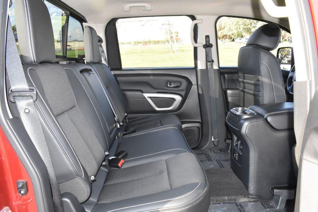 2017 Nissan Titan XD 4x4 Gas Crew Cab PRO-4X - 18175384 - 12