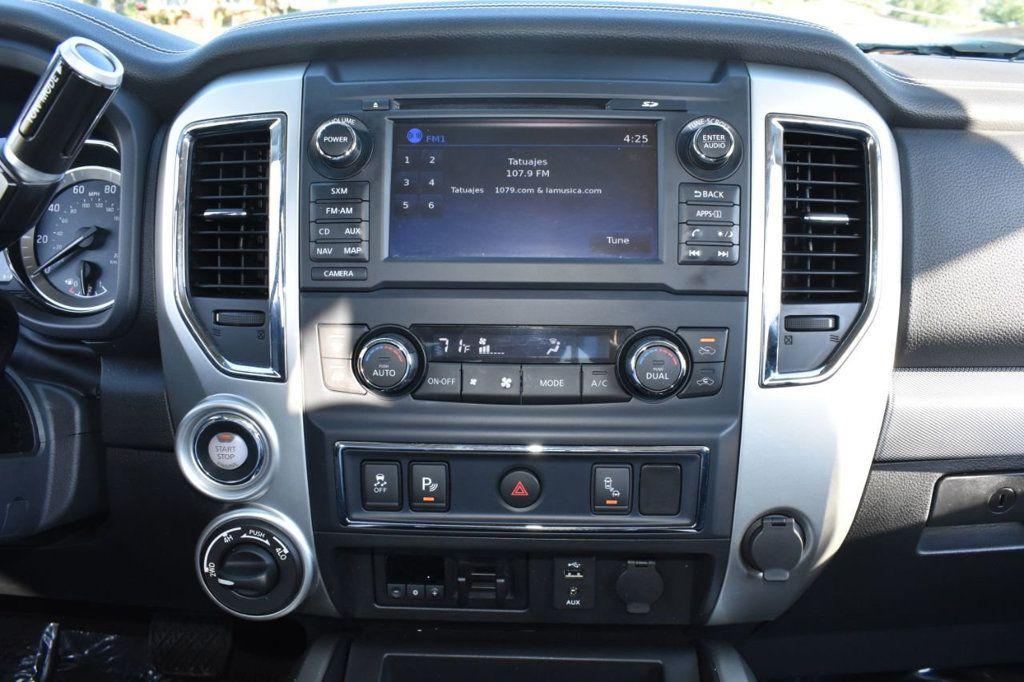 2017 Nissan Titan XD 4x4 Gas Crew Cab PRO-4X - 18175384 - 22