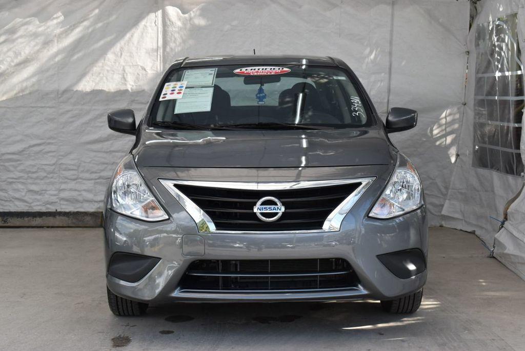 2017 Nissan Versa Sedan  - 18712682 - 2