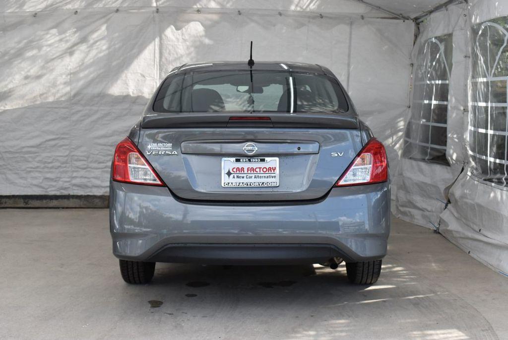 2017 Nissan Versa Sedan  - 18712682 - 5