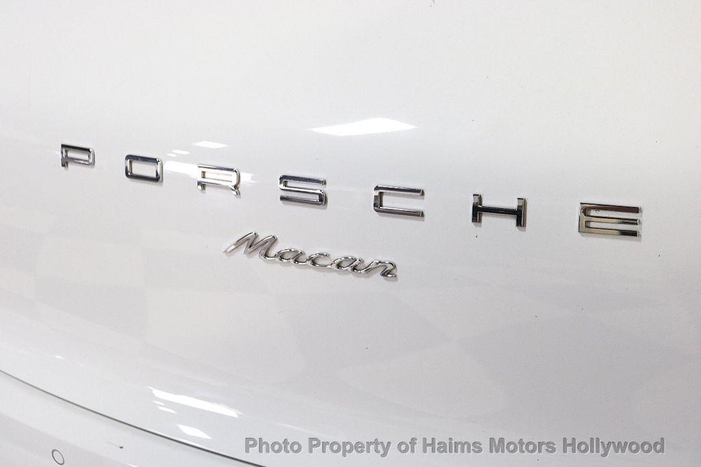 2017 Porsche Macan AWD - 18455323 - 7