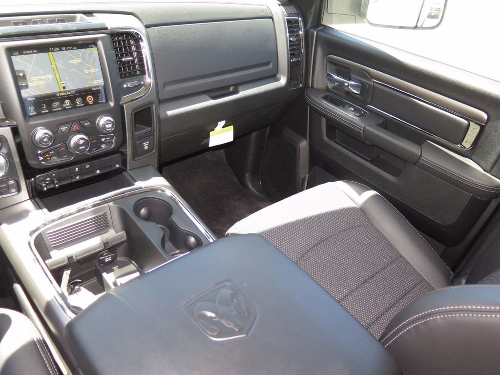 "2017 Ram 1500 Night 4x4 Crew Cab 5'7"" Box - 16732238 - 8"