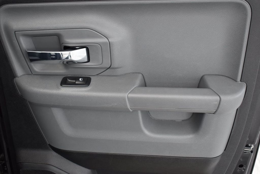 "2017 Ram 1500 SLT 4x2 Crew Cab 5'7"" Box Truck - 18574897 - 15"
