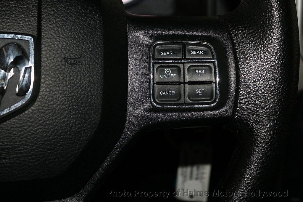 """2017 Ram 1500 SLT 4x4 Quad Cab 6'4"""" Box - 18220868 - 25"""