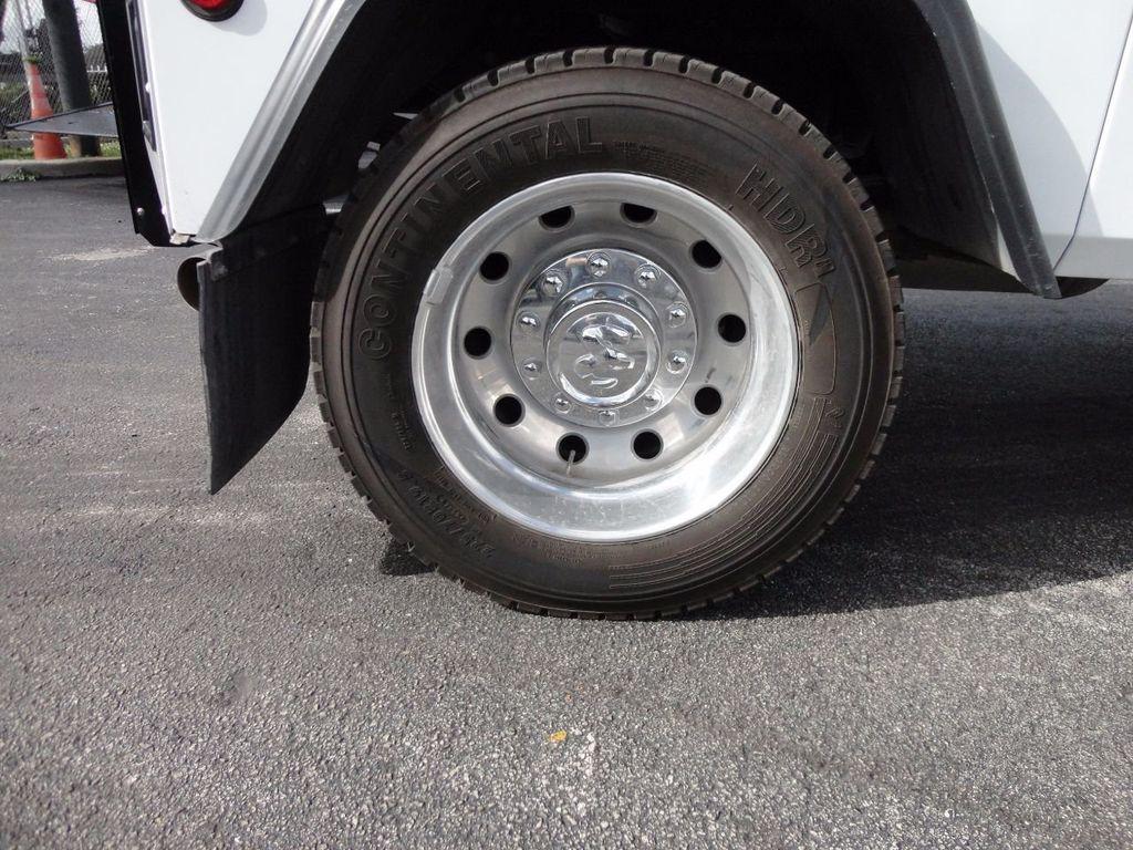 2017 Ram 5500 SLT 4x2 CREW CAB JERRDAN MPL-40 TWIN LINE WRECKER TOW - 17124190 - 24