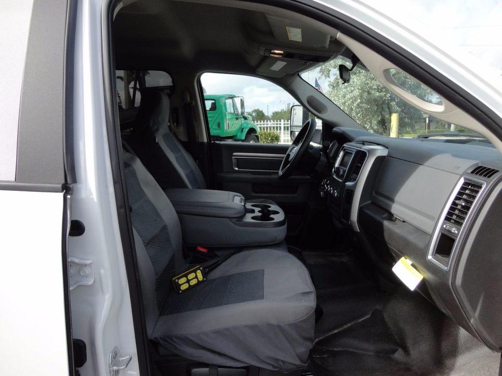 2017 Ram 5500 SLT 4x2 CREW CAB JERRDAN MPL-40 TWIN LINE WRECKER TOW - 17124190 - 30