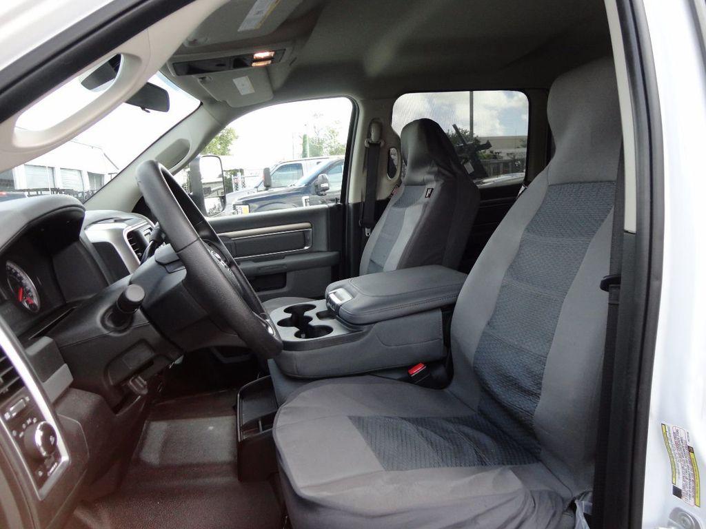 2017 Ram 5500 SLT 4x2 CREW CAB JERRDAN MPL-40 TWIN LINE WRECKER TOW - 17124190 - 35