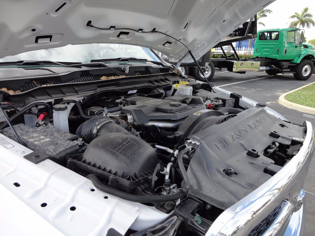 2017 Ram 5500 SLT 4x2 CREW CAB JERRDAN MPL-40 TWIN LINE WRECKER TOW - 17124190 - 38