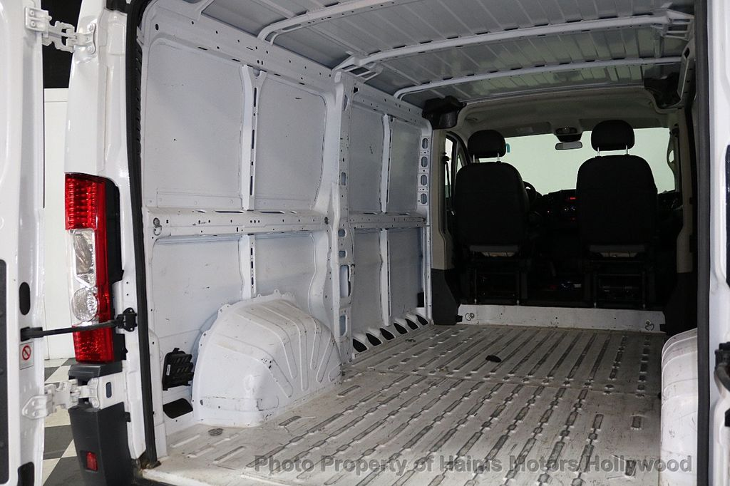 "2017 Ram ProMaster Cargo Van 1500 Low Roof 136"" WB - 18081135 - 9"