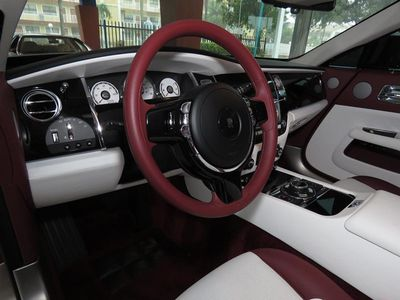 2017 Rolls-Royce Wraith Coupe - Click to see full-size photo viewer
