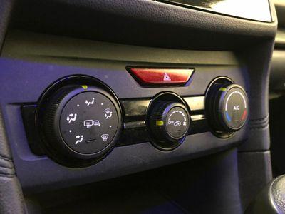 2017 Subaru Impreza 2.0i Premium 5-door CVT Wagon - Click to see full-size photo viewer
