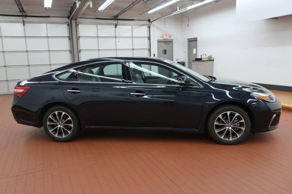2017 Toyota Avalon Xle Premium 17628798 5