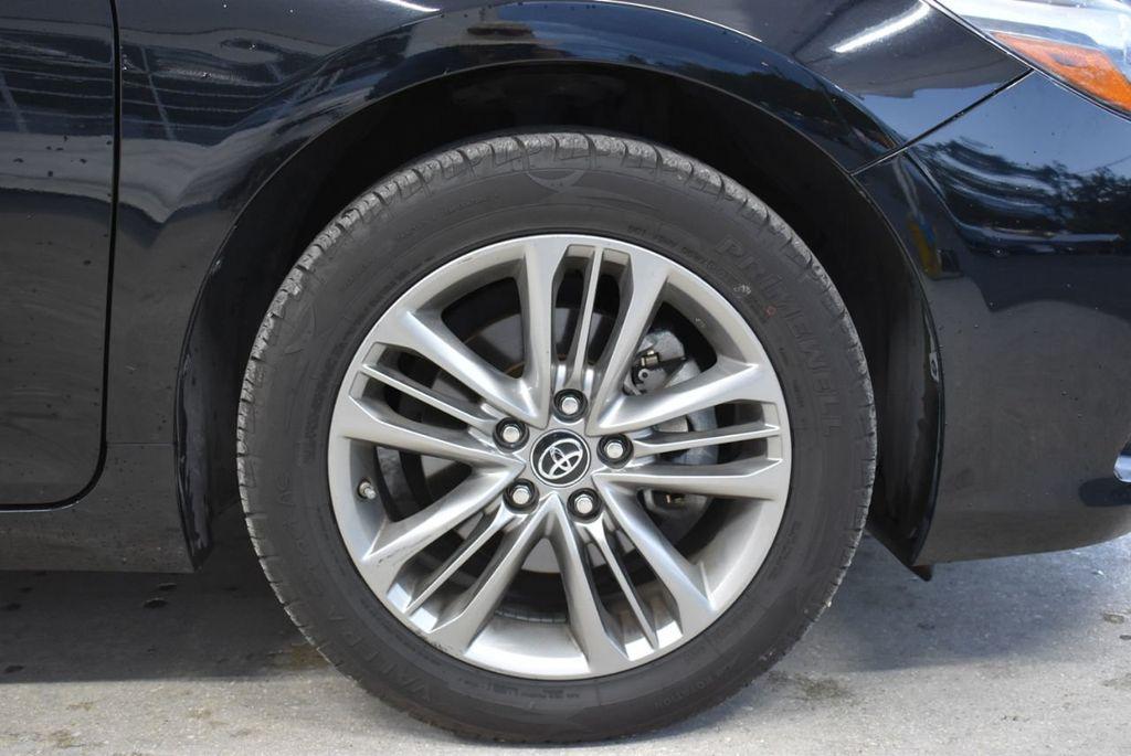 2017 Toyota Camry  - 18676016 - 9