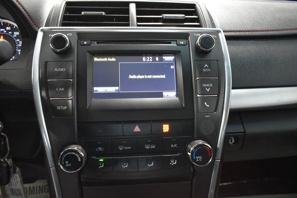 2017 Toyota Camry  - 18676016 - 22