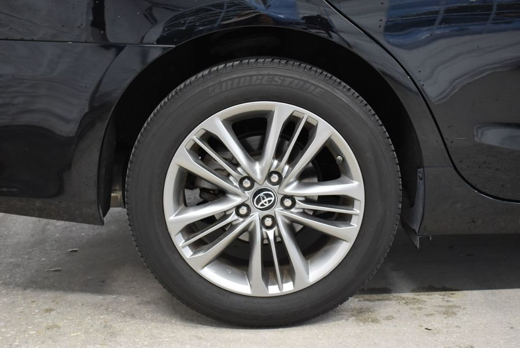 2017 Toyota Camry  - 18676016 - 8